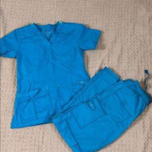 XS scrubset